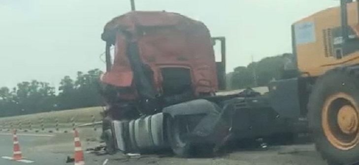Смертельное ДТП грузовиков MAN и Тонар рядом с Пластуновской 1
